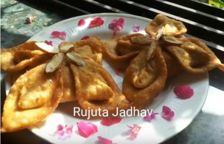 Freedom Shahi Chef Of The Week – Shahi Floret Samosa with Sweet Dry-fruit stuffing