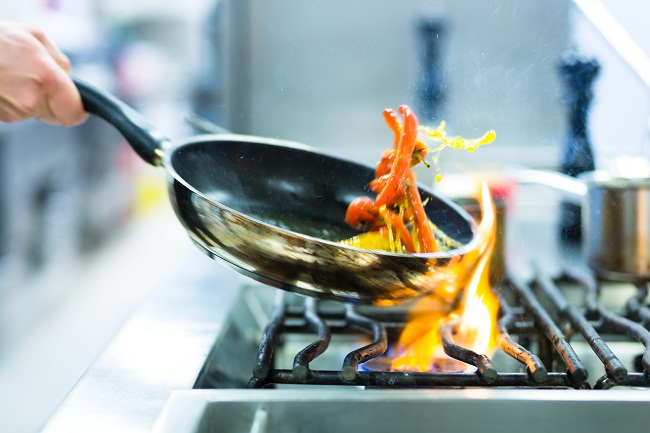 Basic Cooking mistakes you should Avoid in the Kitchen